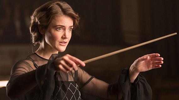 """La directora de orquesta"""