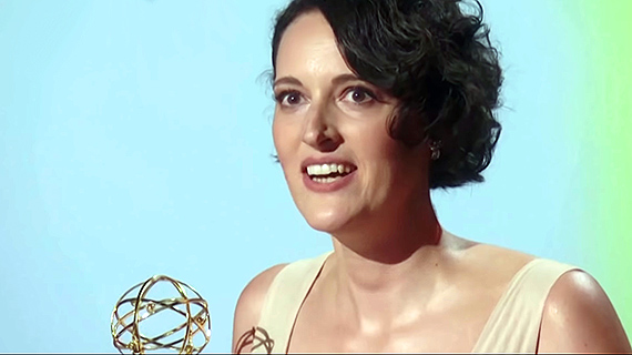 Phoebe Waller-Bridge, con su Emmy